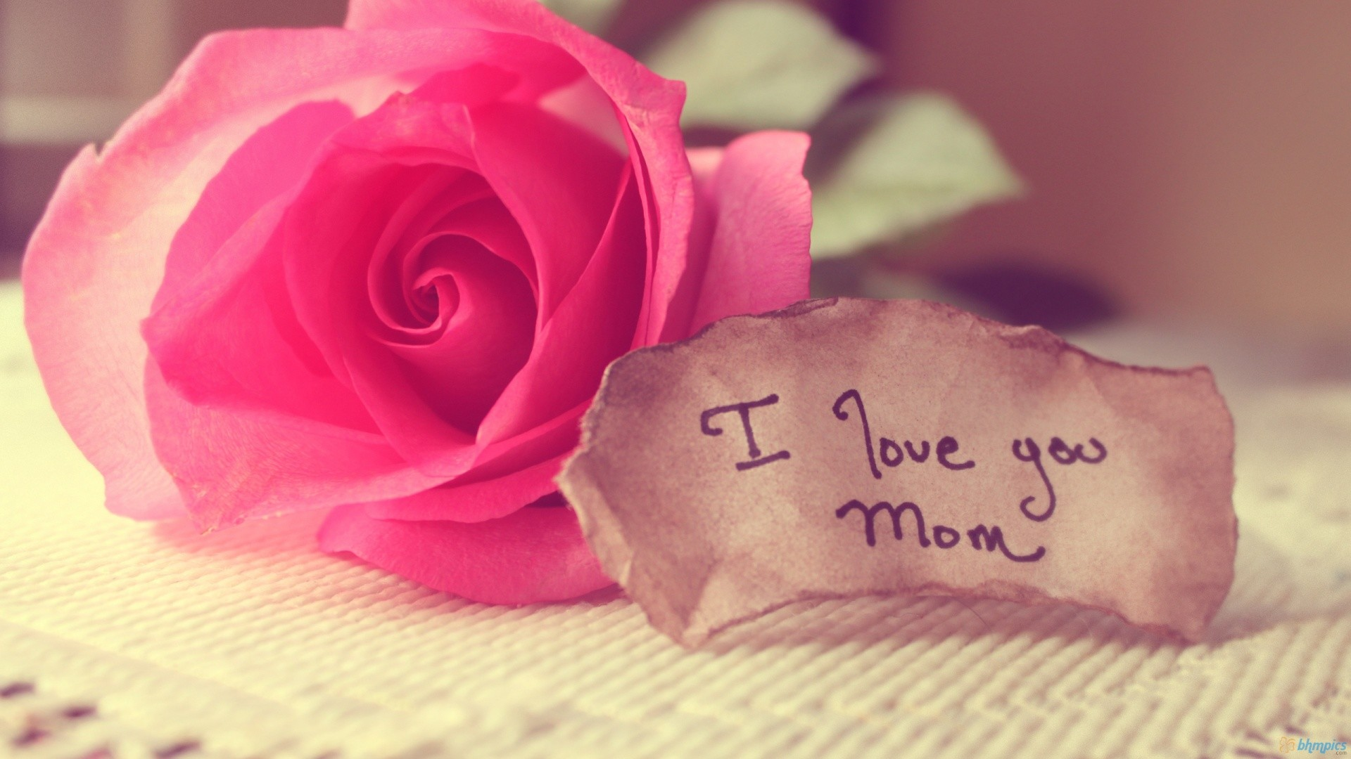 MOTHER'S DAY BANNER 1